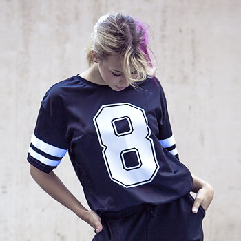 8 Count Mesh T-Shirt