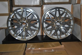 "19"" Dare LP560 Silver/pol 5/112"