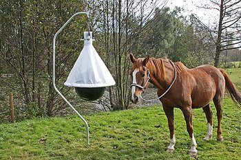 """Bromsfälla, """"TaonX"""" fälla för hästflugor,"""