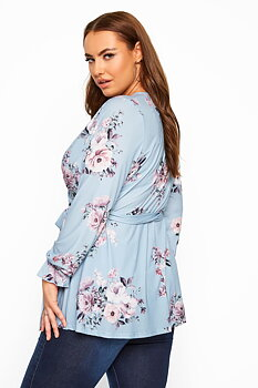 Blommig tunika i omlott, blå