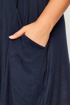 Ärmlös swingklänning med fickor, marinblå
