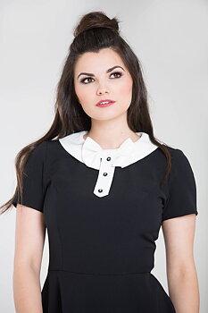 Exklusiv svart klassisk klänning med rosett