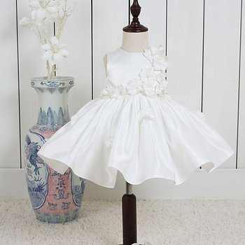 Ivory Princess dress satin with flowers