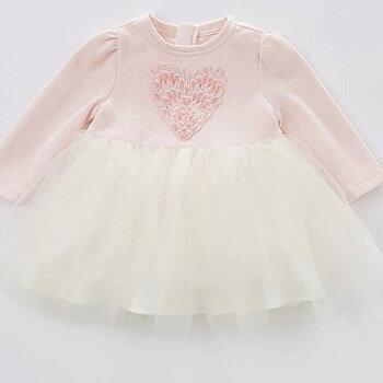 Långärmad tyllklänning med hjärta rosa