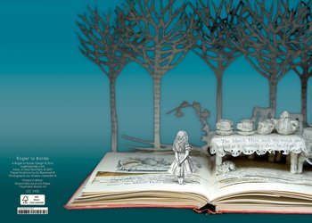 Su Blackwell : Alice a mad teaparty Paper Sculpture - Kort med kuvert