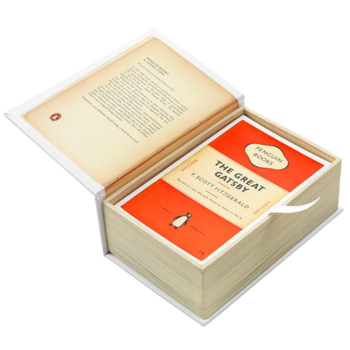 Penguin : One hundred Bookcovers in one Box
