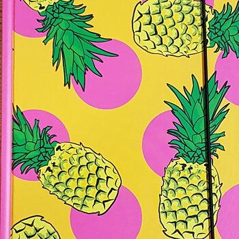 Kamillas Anteckningsbok Ananas