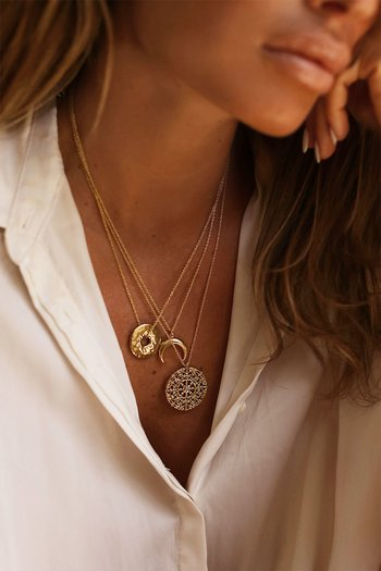 GOLD LUNAR CLASSIC ORNAMENT DISC NECKLACE