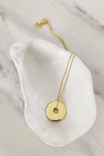 GOLD LUNAR HAMMERED DISC NECKLACE