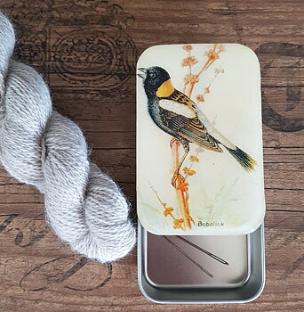 Bird storage tin large
