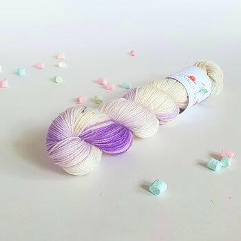 Handfärgat Sockgarn 50g  Lavender Twist