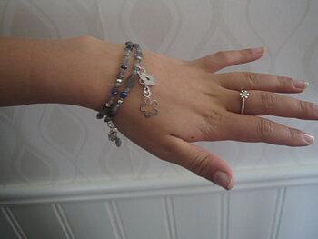 Björg Armband med stenar och blommor i äkta silver